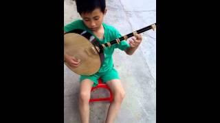 Đàn Nguyệt • trèo lên quán dốc • Nguyễn Văn Quân. :))