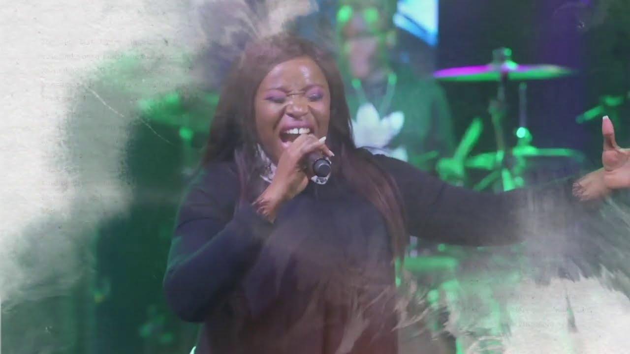 Janet Manyowa - Makafanira (Official Lyric Video)