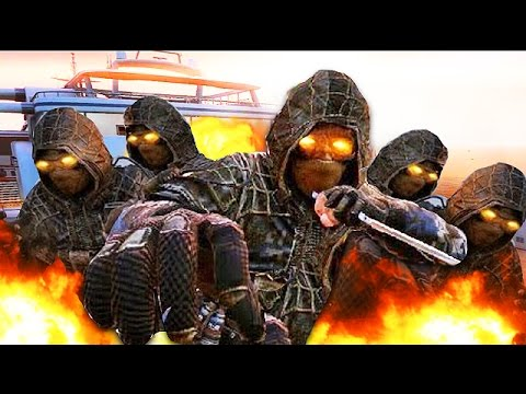 ZOMBIE ATTACK IN ONLINE MULTIPLAYER LOBBY! (Black Ops 2 Mods)