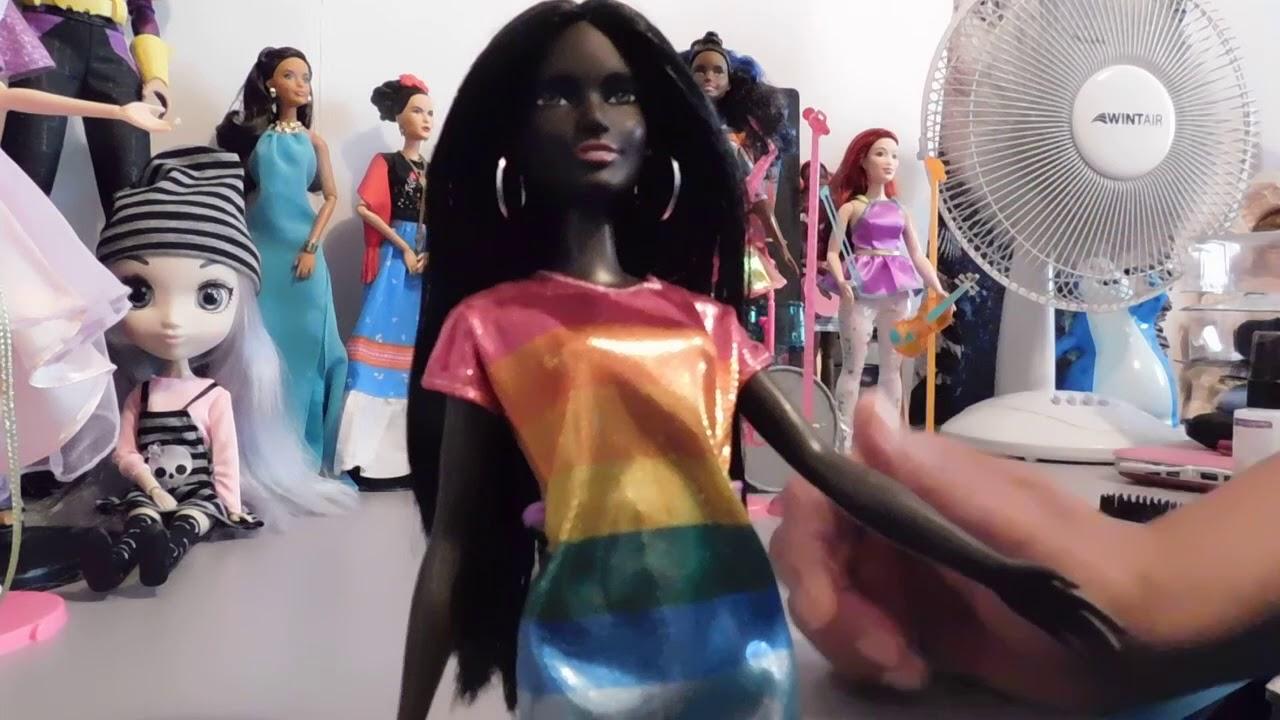 *Barbie Fashionistas* 2018  DOLL #90  NEW