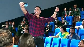 RESPECT ! Akshay Kumar EMOTIONAL Moment| Host Screening Of Mission Mangal For  School Students