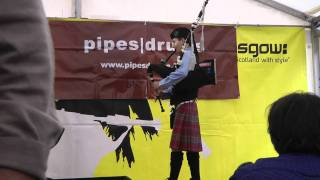Download Aaron Stone: warm-up - Pipe Idol 2011 MP3 song and Music Video
