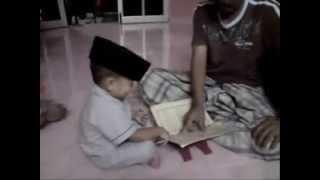 Video Balita Belajar Membaca al-Quran Lucu