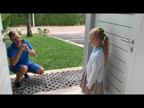 ВЛОГ Открываю новый канал !!! Как Алиса занималась в школе !!