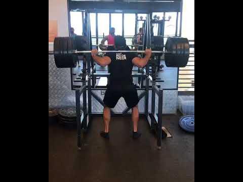Squat 170kg x 5 reps