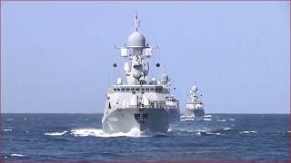 Запуск крылатых ракет с кораблей по ИГИЛ в Сирию из акватории Каспийского моря