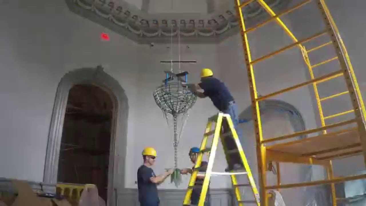 Installation of dale chihulys slate green and amber tipped installation of dale chihulys slate green and amber tipped chandelier time lapse mozeypictures Image collections