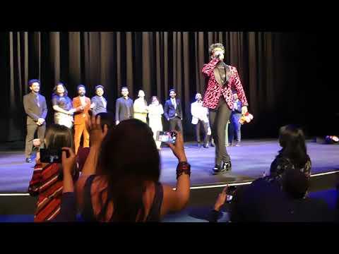 """Berlinale 2019: Ranveer Singh on stage at Premiere of """"Gully Boy"""""""