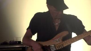 Yamaha Attitude Day 9/15/2012  Billy Sheehan  Old Bass The Wife