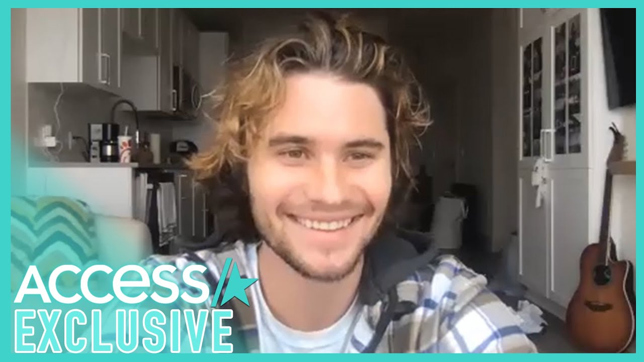 Chase Stokes Talks Madelyn Cline & Teases 'Outer Banks' S2