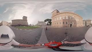 Italia VR - Vespa ride in Rome