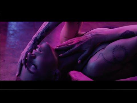 Смотреть клип Алиса Салтыкова - Дракон