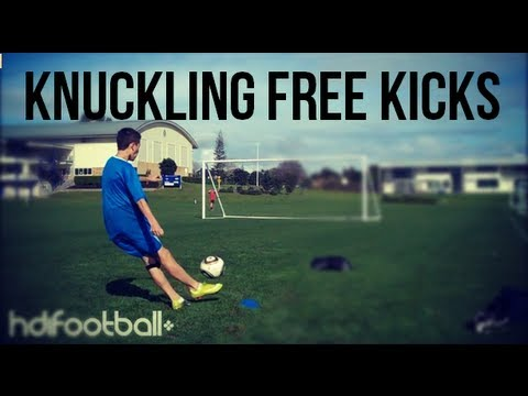 Ronaldo Style Knuckling & Dipping Free Kicks