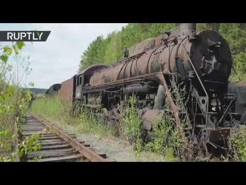 Un cementerio de trenes revela secretos e invita a viajar a la era soviética