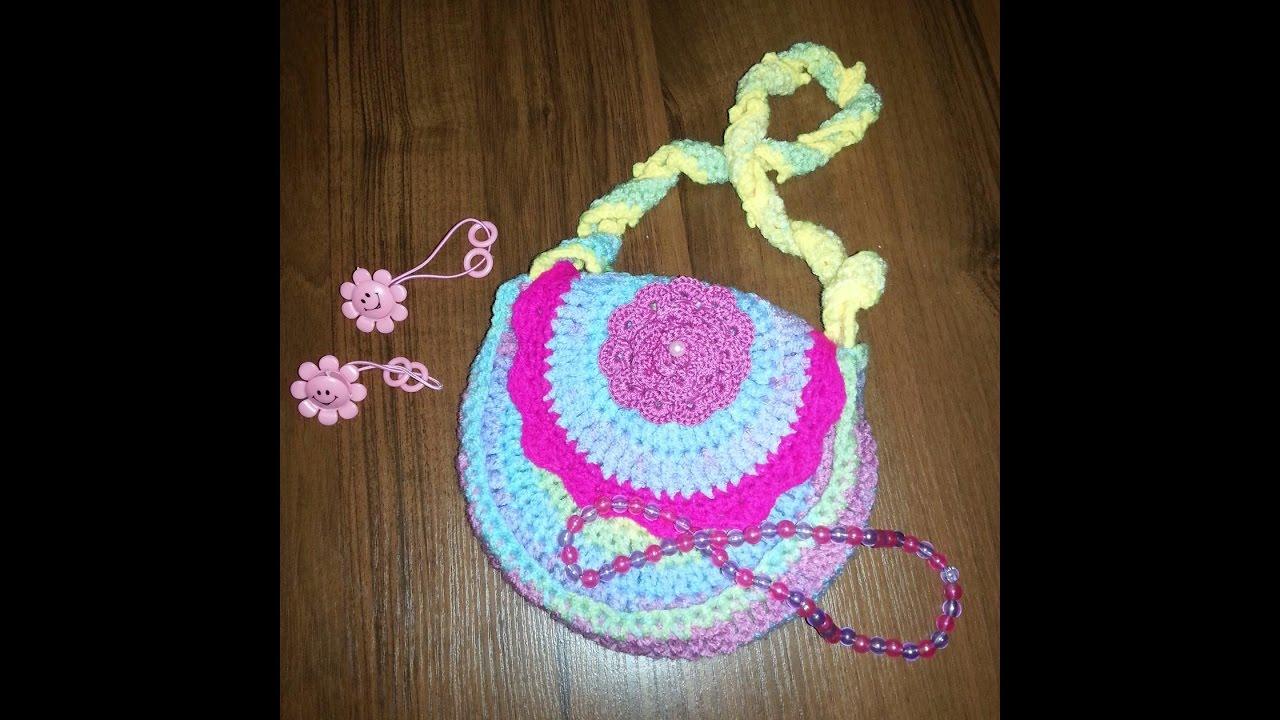 630192c91c50 Вязаные сумочки крючком со схемами и описанием для девочек – необходимые  материалы, мастер-класс вязания и последовательность работы