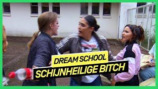 Sana vindt dat Emma negatieve energie uitstraalt | DREAM SCHOOL 2020