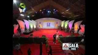 G-TEC GALA Mega Event - Kalabhavan Mani Singing with Mr. Mehroof .I Manalody.mp4 thumbnail