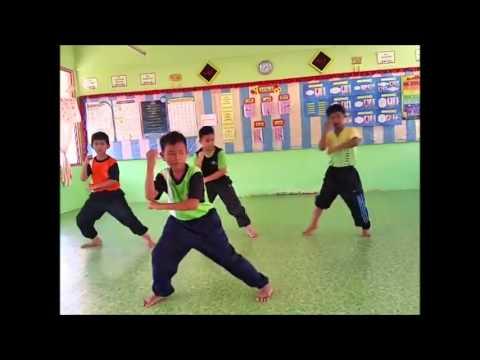 Latihan Persembahan Silat Sempena HAKA 2015 SK Ayer Hitam