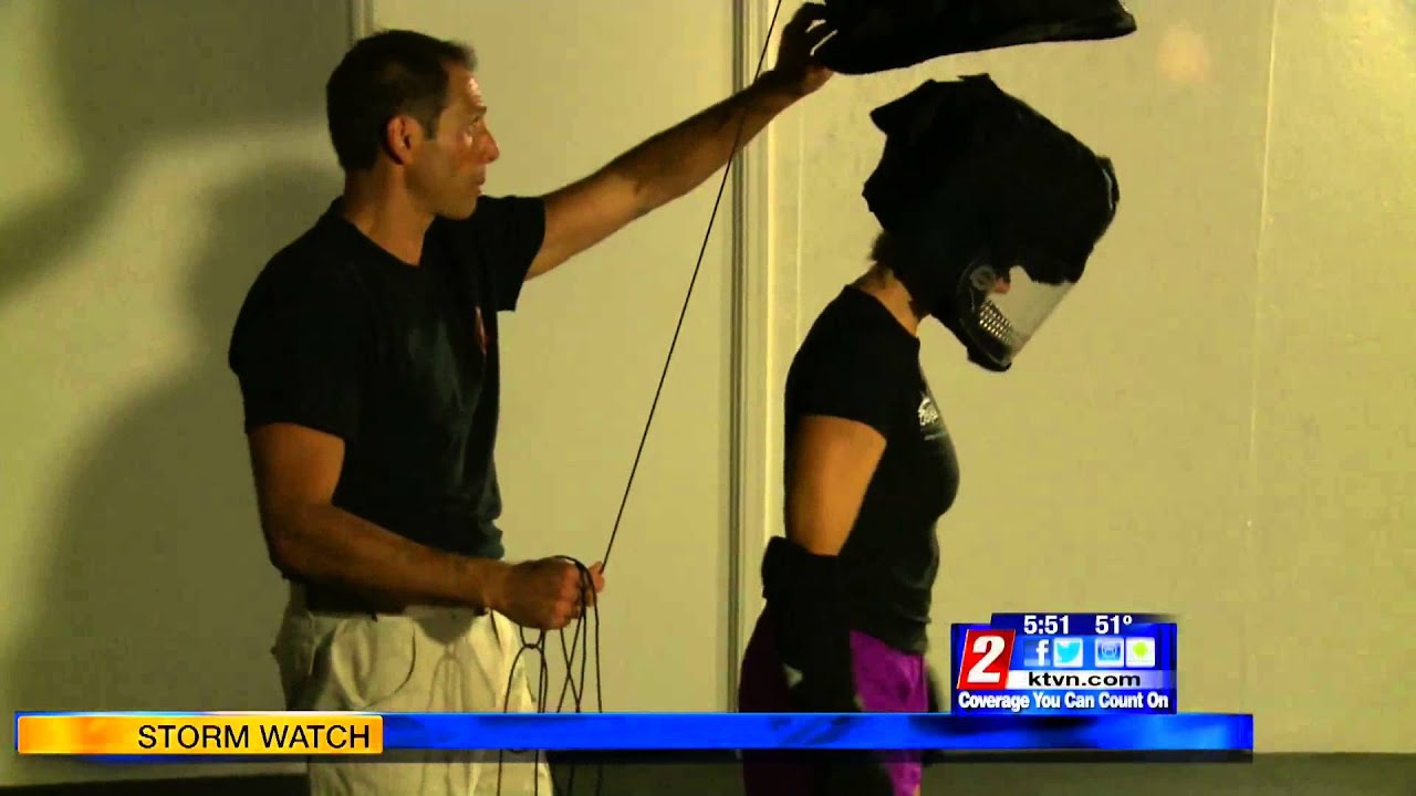 12/11/14 Health Watch: Close Quarters Defense Training - KTVN Channel 2 News