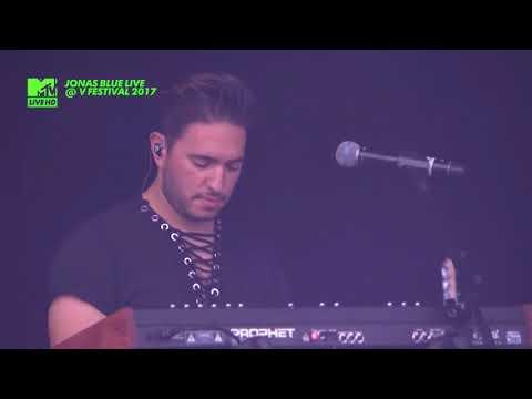 JONAS BLUE Ft. Aaron Levi - Mama LIVE @ V FESTIVAL 2017