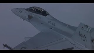 Video F-18 vs SAM download MP3, 3GP, MP4, WEBM, AVI, FLV Juli 2017