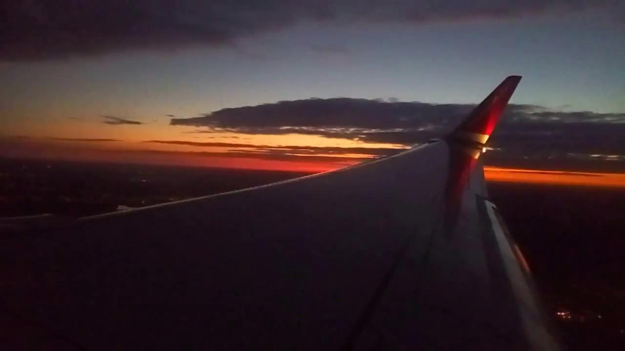 BEAUTIFUL Norwegian Boeing 737-800 Takeoff from Munich, Germany at nightfall