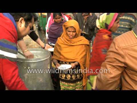 Food distribution to the Indian lower and middle class: hot food on a cold winter's day