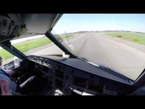 Airbus A320 cockpit video flight Moscow/Sheremetyevo/UUEE -