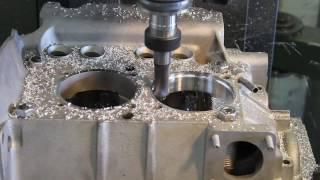 Gembler Motorenbau: Aufbohren der Zylinderaufnahme am VW Käfer Typ1 Motor