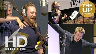 Tom Hiddleston, Eddie Redmayne, Maisie Williams recording Early Man voices – behind the scenes