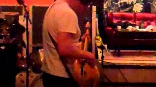 Kingsley...rehearsing With The Band Be4 Recording.mp4