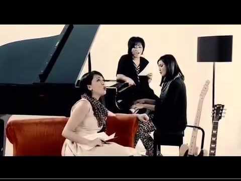 Kau Menangkan Hatiku   Sophie Navita, ft Lea & Tina   cipt  Sophie Navita  m4v
