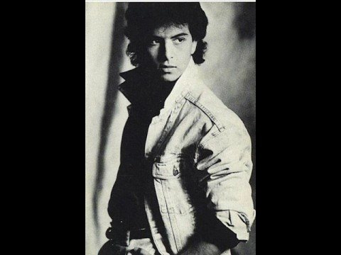 Glenn Medeiros' Voice at ages 16 & 17