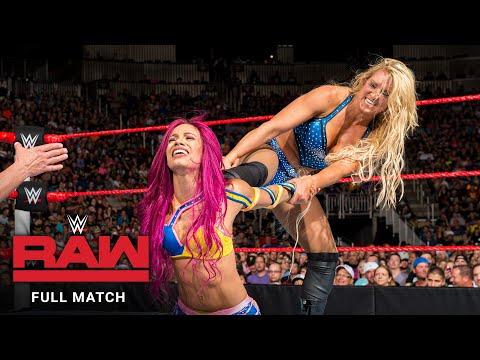 FULL MATCH - Charlotte Flair vs. Sasha Banks - Women's Title Match: Raw, July 25, 2016