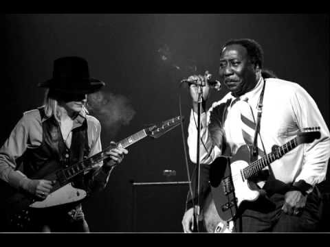 Muddy Waters & Johnny Winter  I Cant Be Satisfied