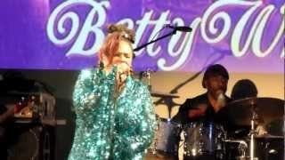 betty wright clean up woman live in london 2013