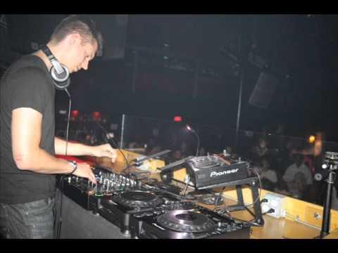 Menno De Jong - Intuition 008 (Live On Etn Fm 02-23-2005 Part 2 Of 2)