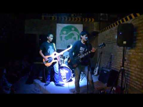 Legal Void _ Its All Around Us (Live At Grunge Nite #1)