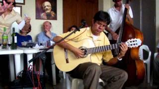 Alejandro Buenaventura canta tango. Tertulia Médica No. 100. Enero 7, 2012