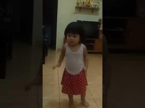 Dancing ala bapao...
