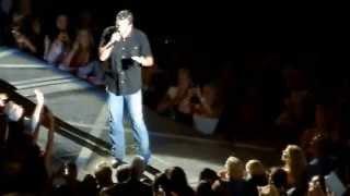 Blake Shelton's apology to Usher