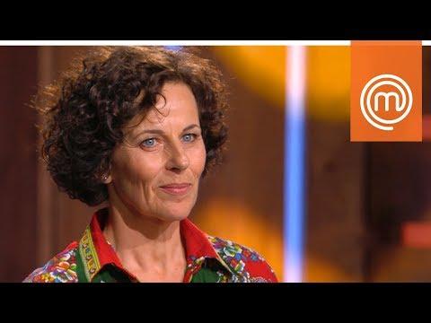 Bastianich non può credere alla storia di Giovanna | MasterChef Italia 7