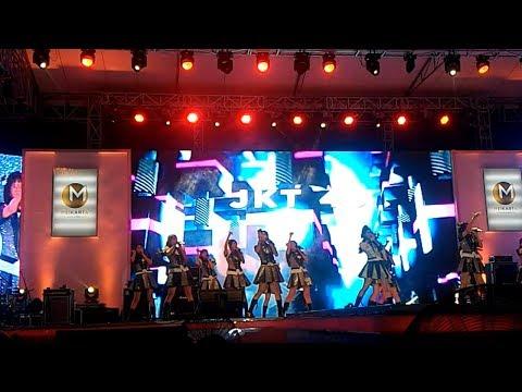 JKT48 - Fortune Cookie Yang Mencinta Live In MEIKARTA Music Festival 26 Agustus 2017