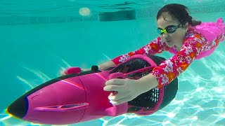 Jannie and Andrew Pretend Play Swim in the Pool Challenge with Toys for Kids