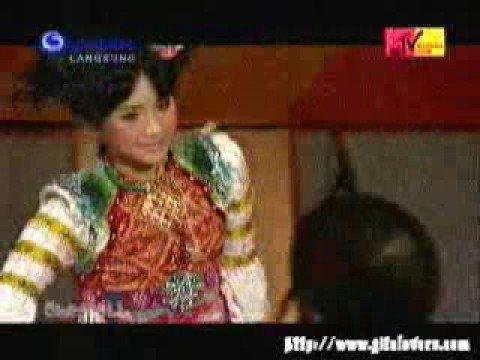 Gita Gutawa - Bukan Permainan (Live MIA)