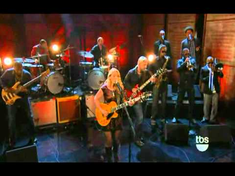 tedeschi trucks band live on conan learn how to love youtube. Black Bedroom Furniture Sets. Home Design Ideas