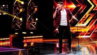 """Duel: Maroon 5 - """"Sugar"""". Vezi interpretarea lui Paul Bătinaș, la X Factor!"""