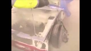 odstranění barvy a tryskání karoserie auta