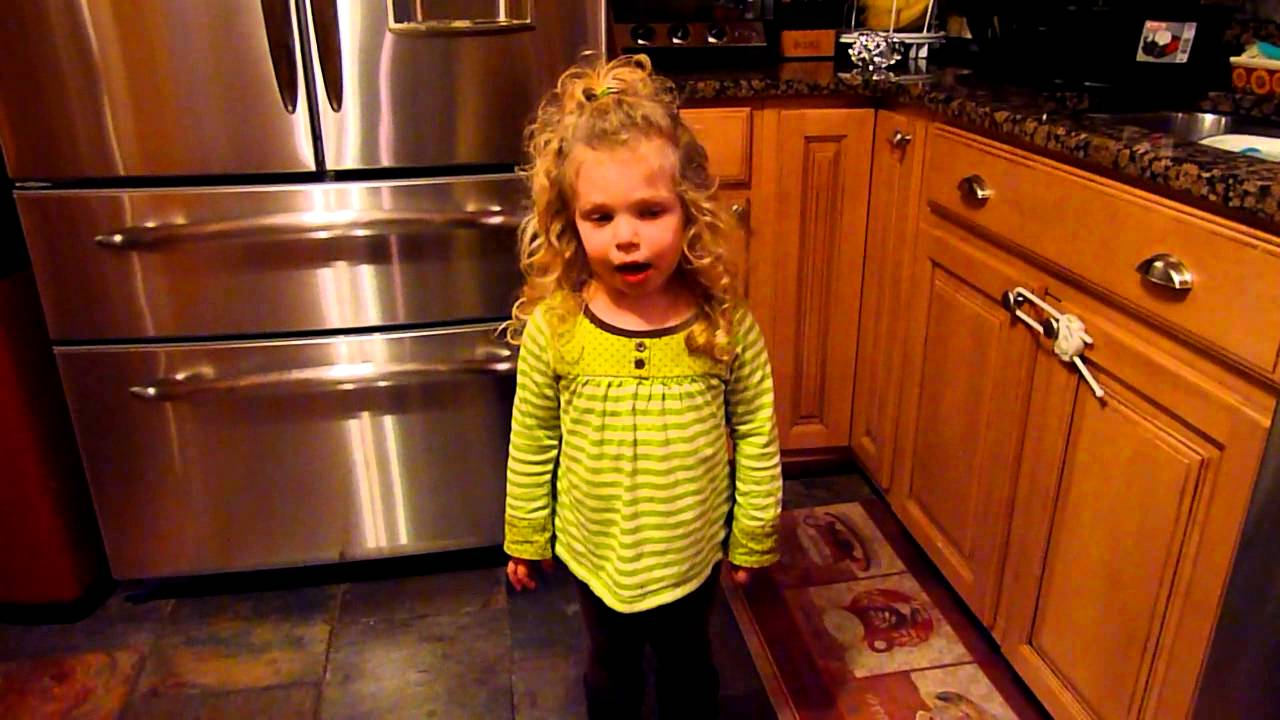 Little Orphan Annie Best Lines: Little Orphan Annie Singing Tomorrow