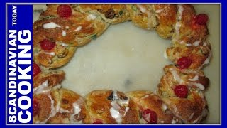 Jule Brød - Danish Christmas Bread Wreath Recipe